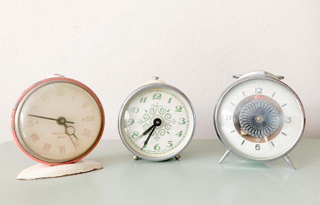 vanhat herätyskellot